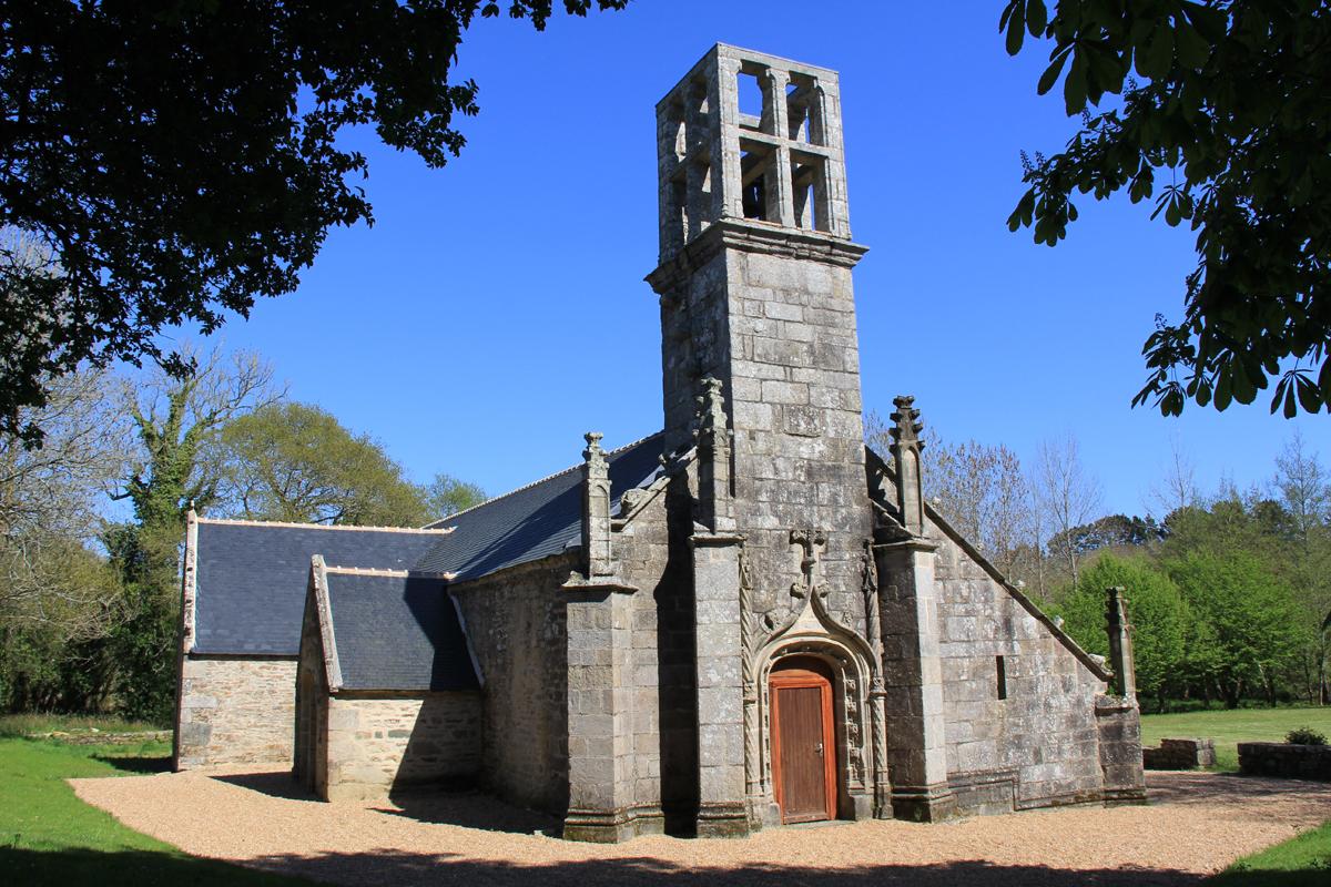 2011 2012 la renaissance de la chapelle de lanvern for Architecte du patrimoine